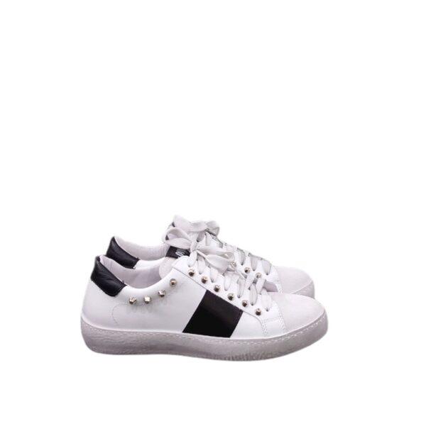 Sneaker Ovye borchie nera